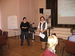 Pildil vasakul Ilona Sillak ja paremal Maaja Mänd